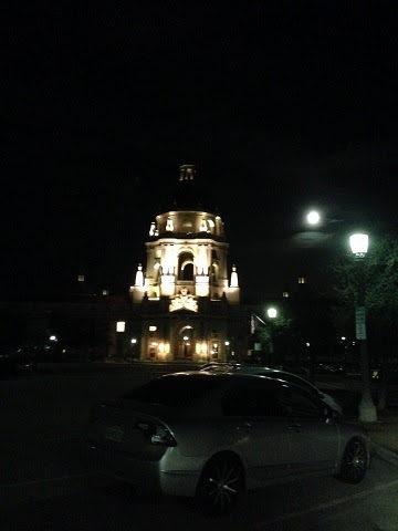 百場聖會法會後天空中的吉祥雲與有金剛棒的月光。(第三世多杰羌佛佛法)